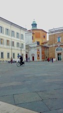 Ravenna-Piazza del Popolo- Performance30- Onico Giannetta