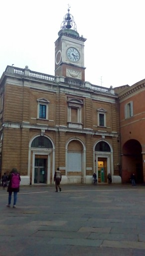 Ravenna-Piazza del Popolo20- Performance- Onico Giannetta