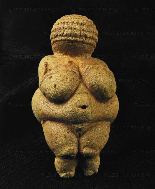 "Venus of Willendorf,one of the many stone-age female idols of the ""great Goddess"". Limestone, H: 10 cm Aurignacien, 25th mill.BCE"